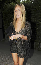 Kristin Cavallari leggy at Nobu in LA - Hot Celebs Home