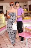 Ashlee Simpson and Pete Wentz out at their local donut shop getting some breakfast, LA, CA 25.7.08