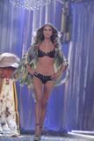 th_02356_Victoria_Secret_Celebrity_City_2007_FS571_123_228lo.jpg