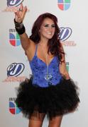 http://img186.imagevenue.com/loc386/th_52920_Dulce_Maria_Univision_Premios_Juventud_Awards16_122_386lo.jpg